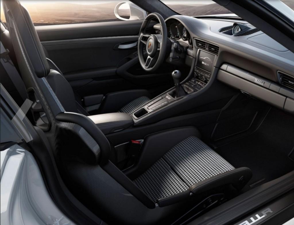 2016.2.29-Porsche-911-R-2