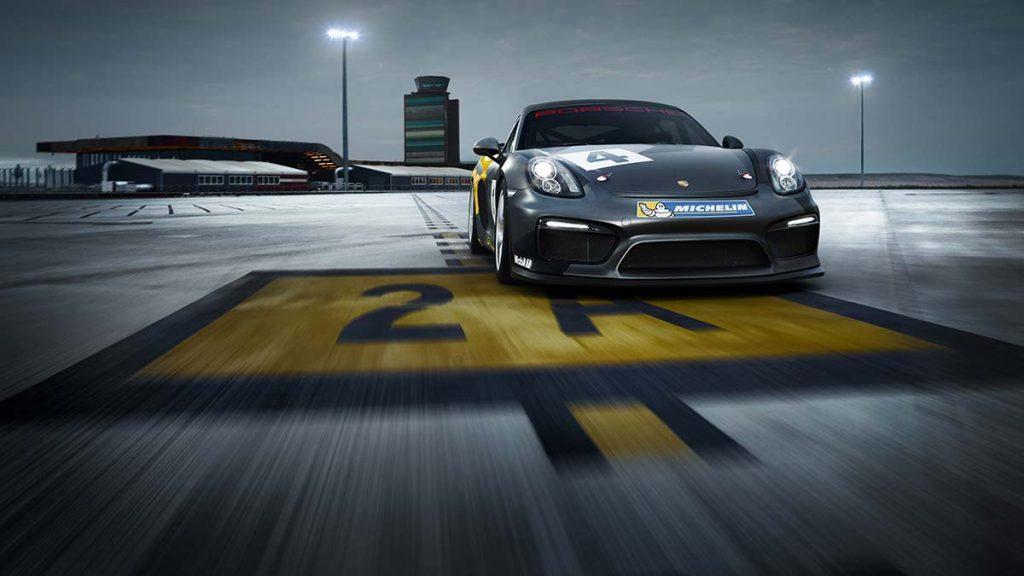 New porsche GT4 Racecar