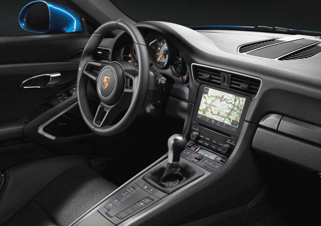 The-Porsche-911-GT3-Touring
