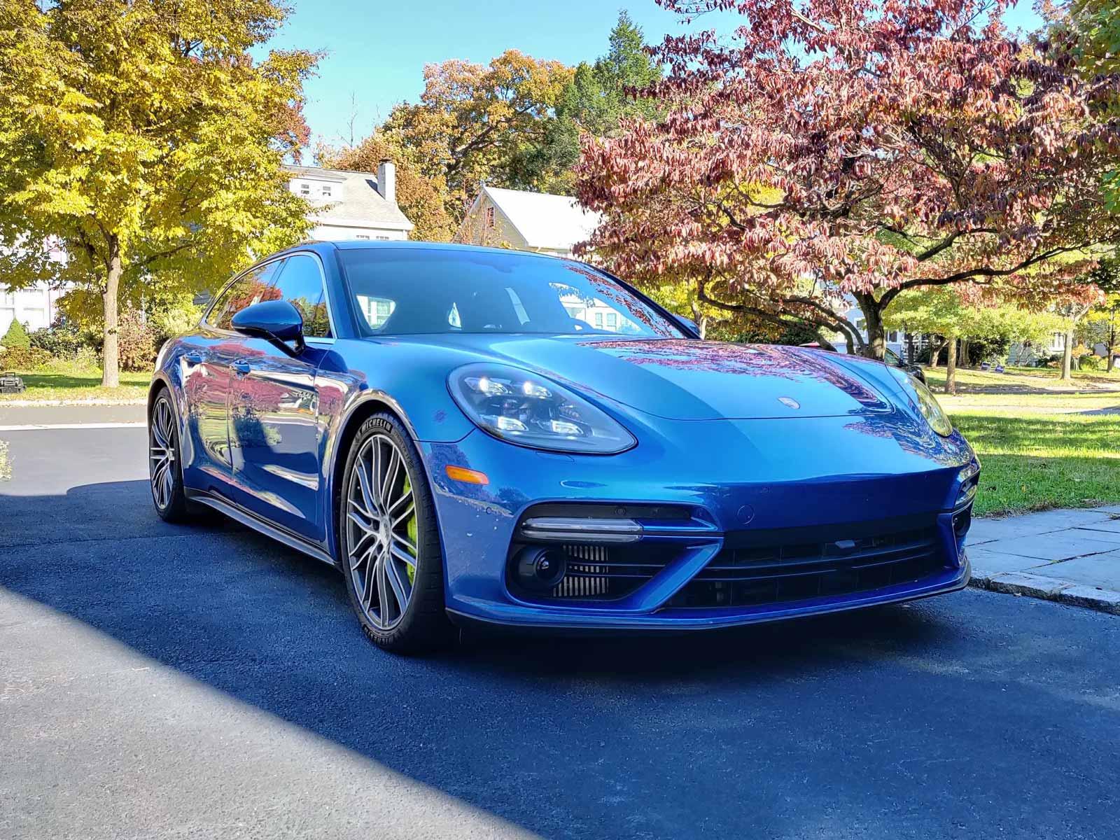 Hybrid-Porsche-Panamera-Turbo-Turismo